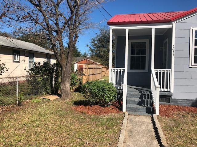 2637  Oregon Avenue North Charleston, SC 29405
