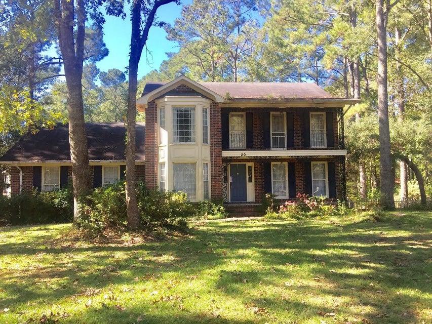 20  Plantation Circle Summerville, SC 29485