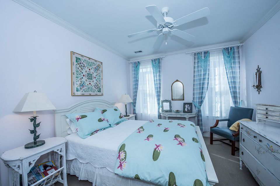 19  Morgan Place Drive Isle Of Palms, SC 29451
