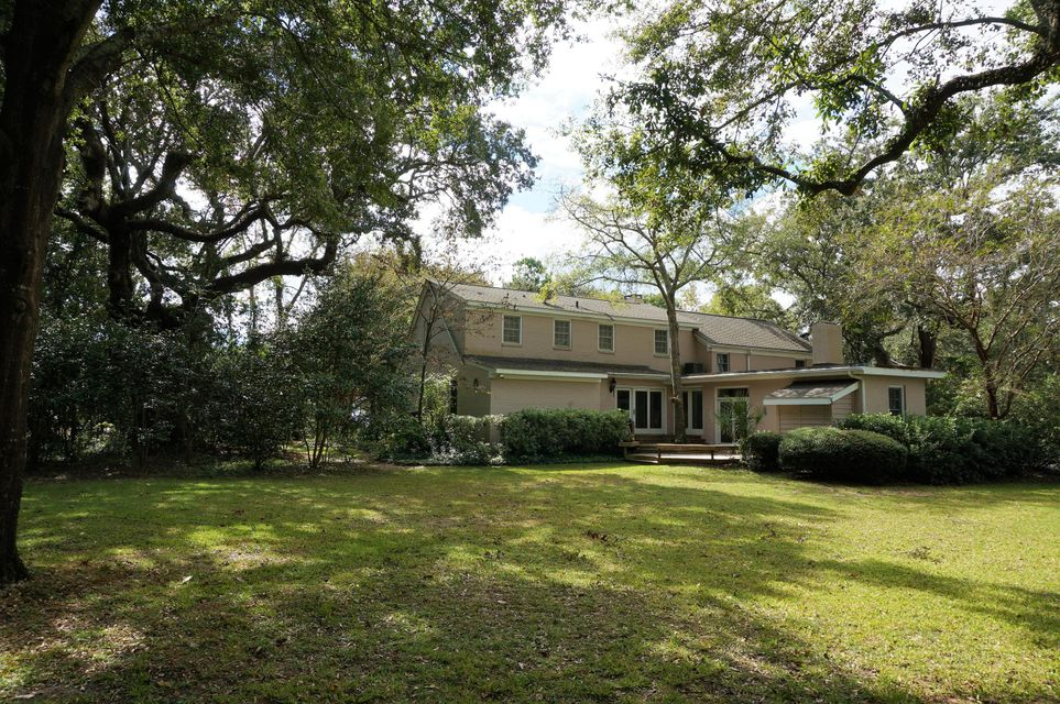130  Middle Street Mount Pleasant, SC 29464