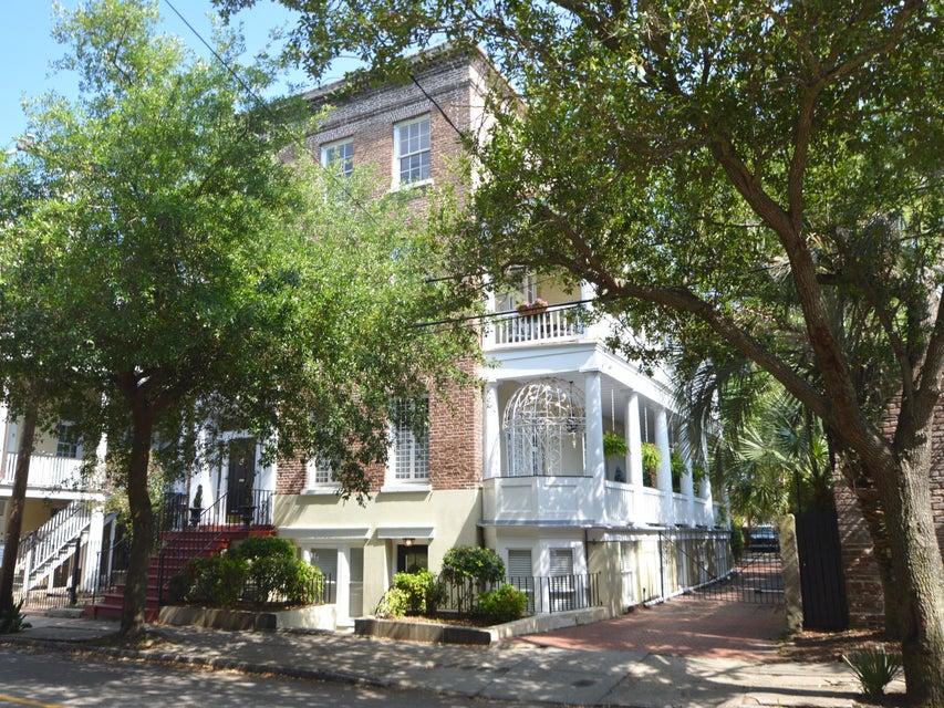 55  Hasell Street Charleston, SC 29401