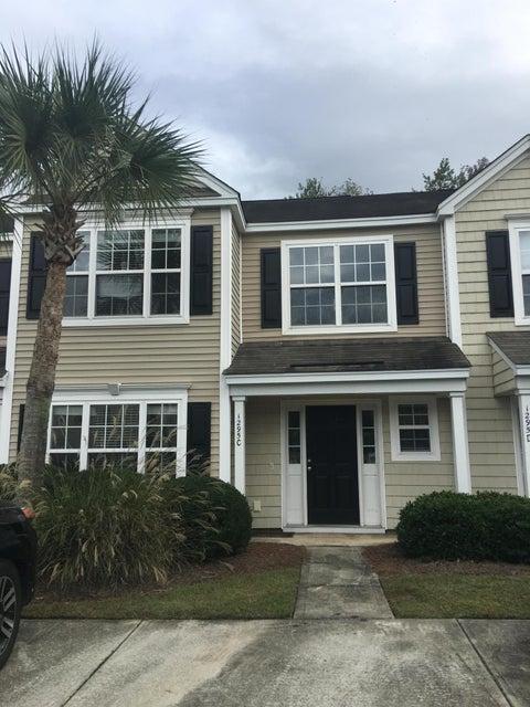 1295  Island Club Drive Charleston, SC 29492