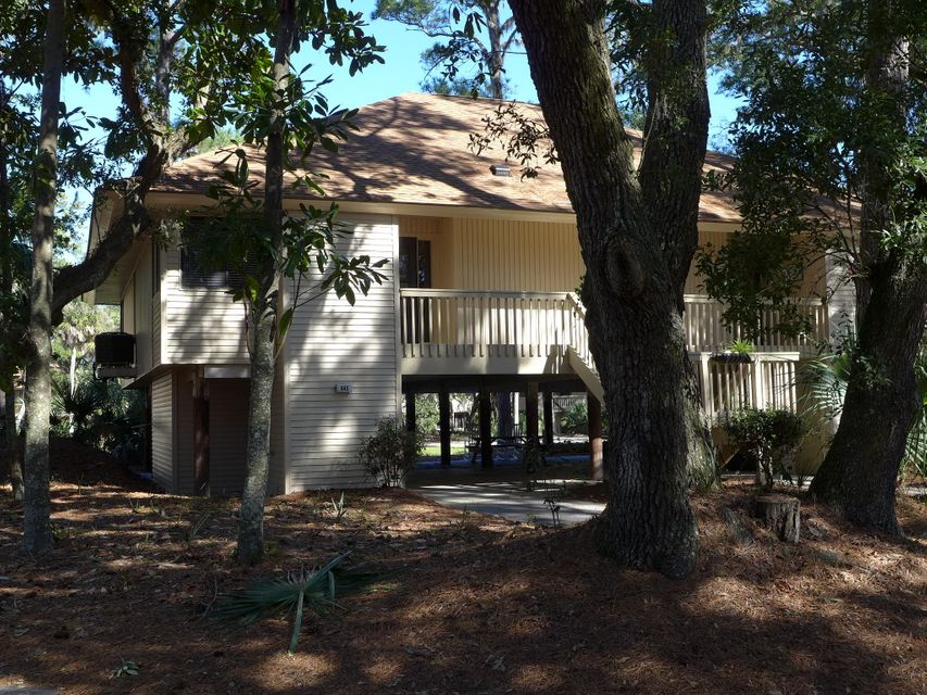 845  Club Cottage Road Edisto Island, SC 29438