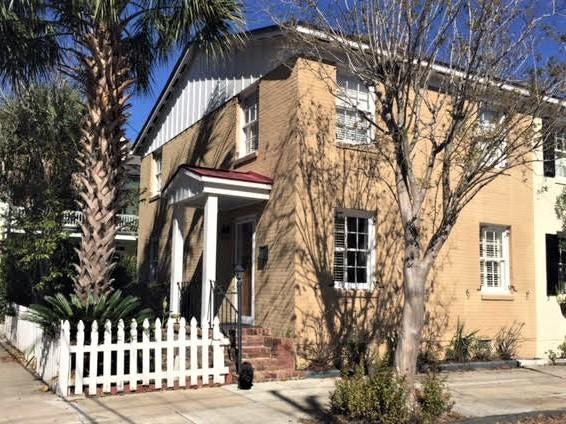 2  Smith Street Charleston, SC 29401