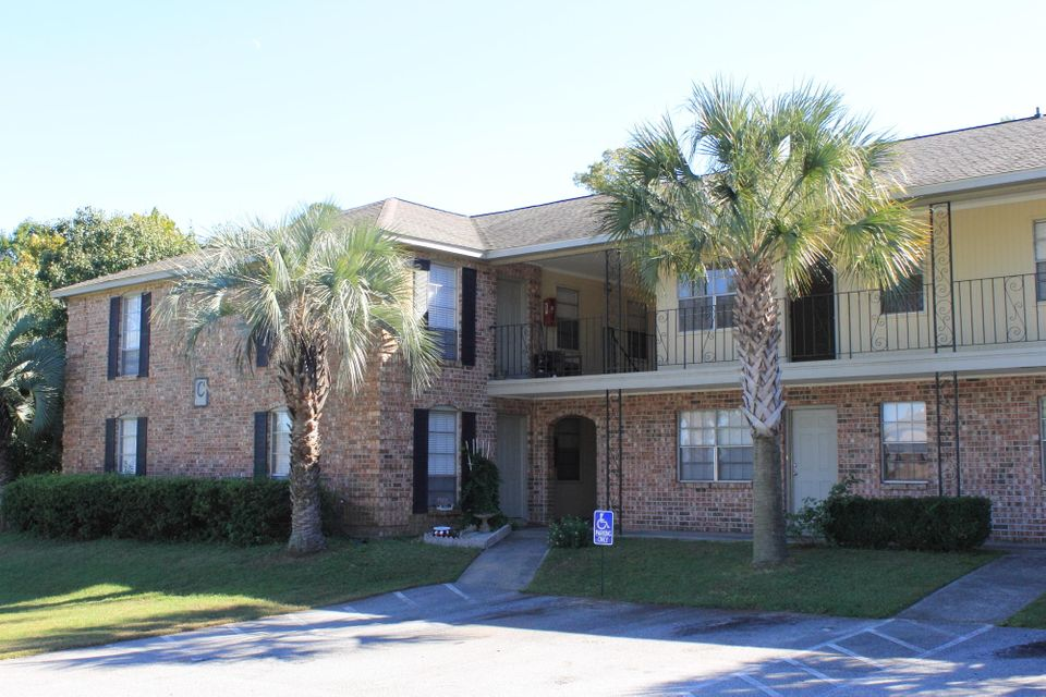 Charleston 2 Bedroom Home For Sale