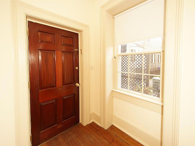 9  Lamboll Street Charleston, SC 29401