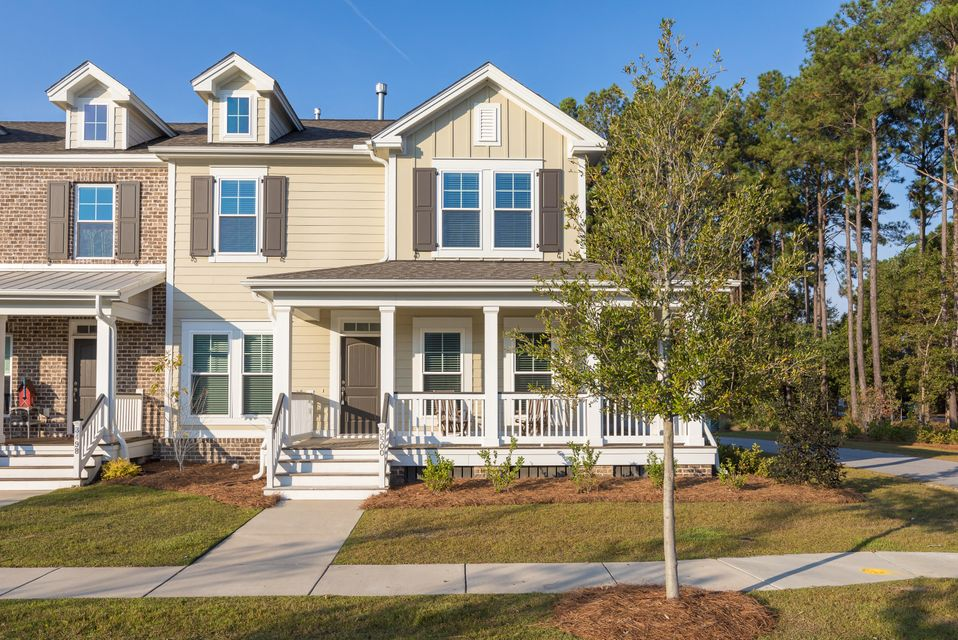 3500  Yarmouth Drive Mount Pleasant, SC 29466