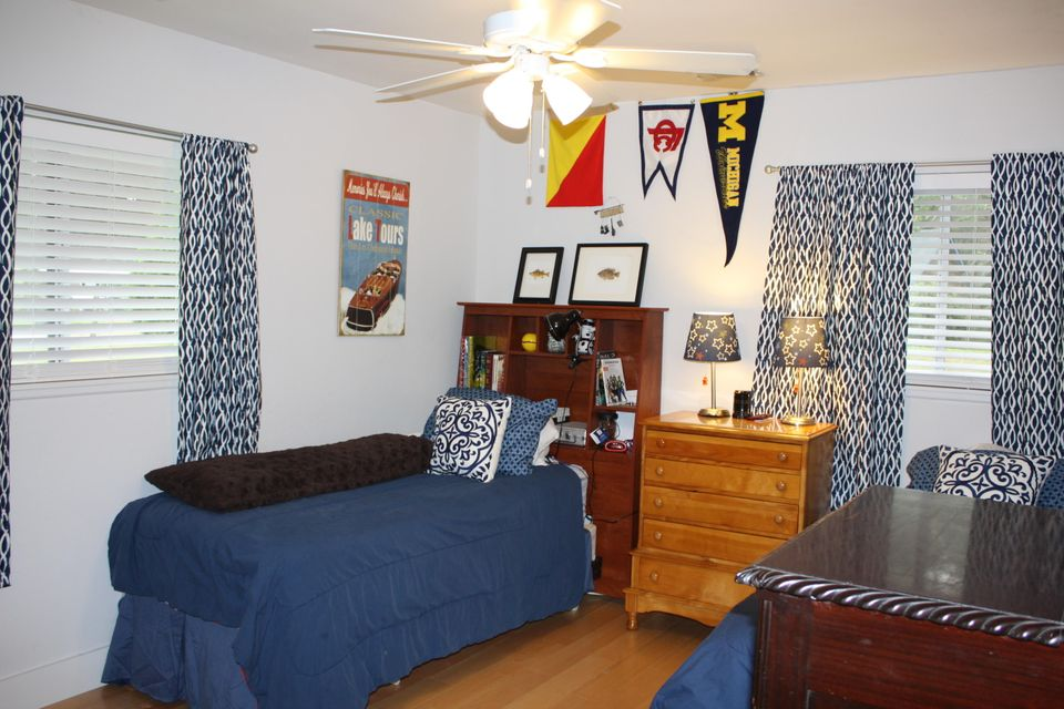 3288  Peyton Street Johns Island, SC 29455