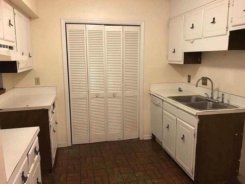 2150  Spoleto Lane North Charleston, SC 29406