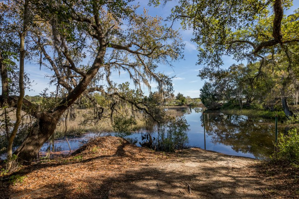 3166  Bohicket Road Johns Island, SC 29455