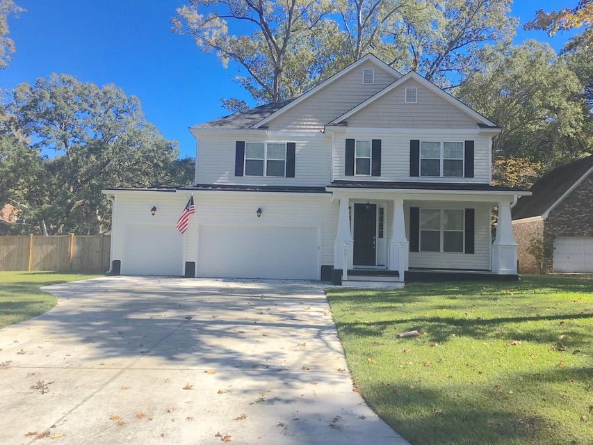 301  Lakeview Drive Summerville, SC 29485