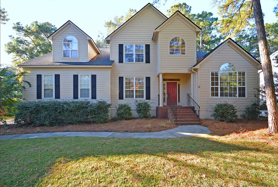 318  Clubview Road Summerville, SC 29485