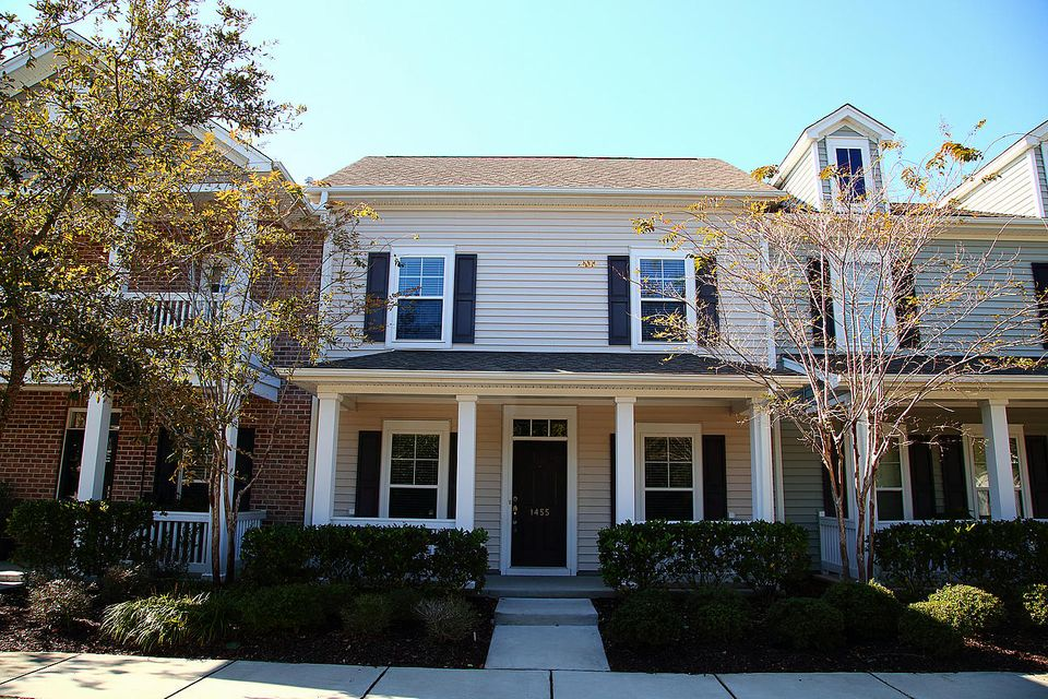 1455  Nautical Chart Drive Charleston, SC 29414
