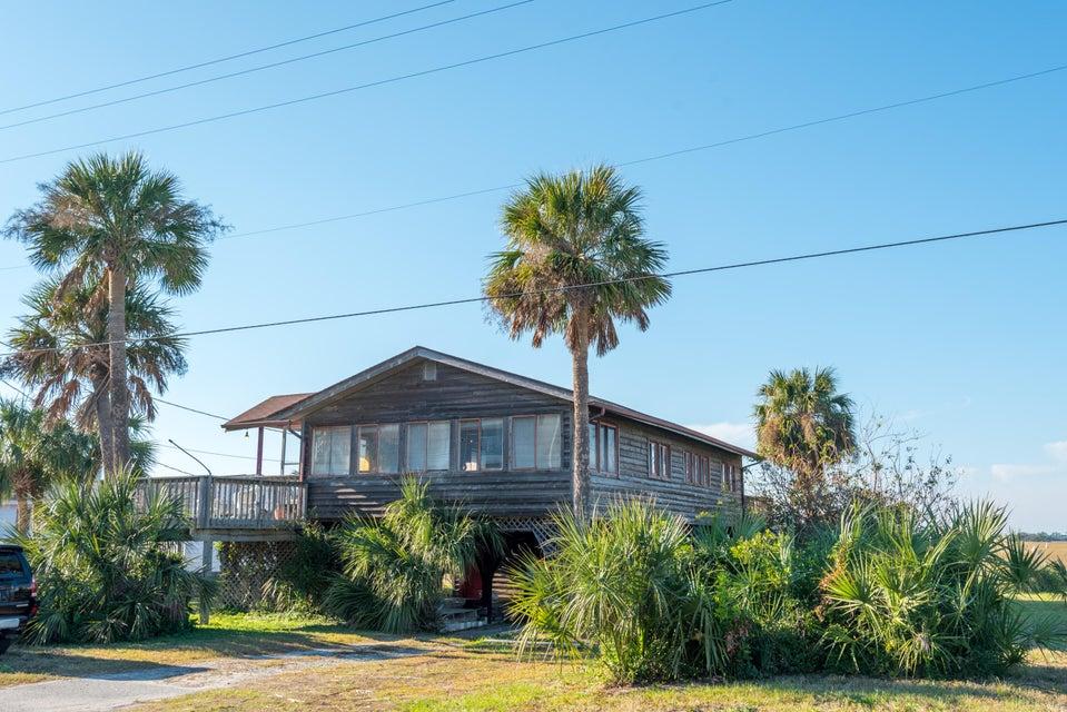 1686 E Ashley Avenue Folly Beach, SC 29439