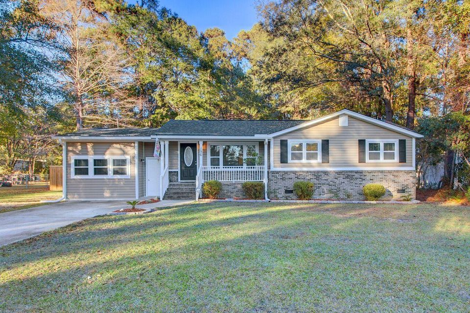 196  James Street Summerville, SC 29483