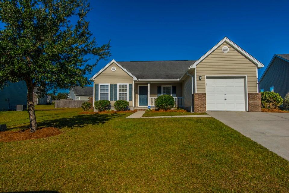 5014  Thornton Drive Summerville, SC 29485