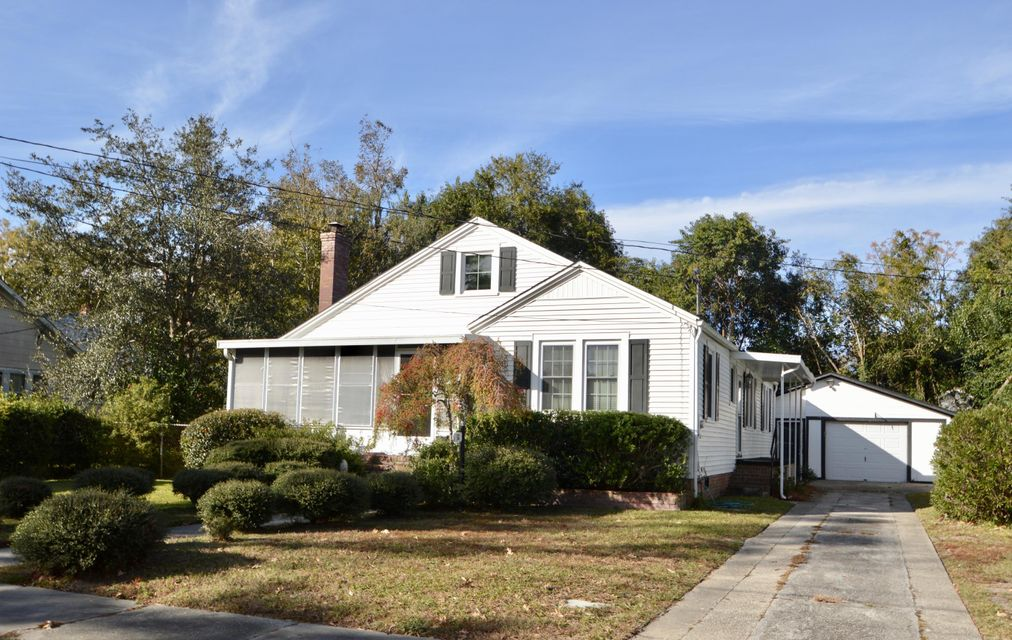 32  Peachtree Street Charleston, SC 29403