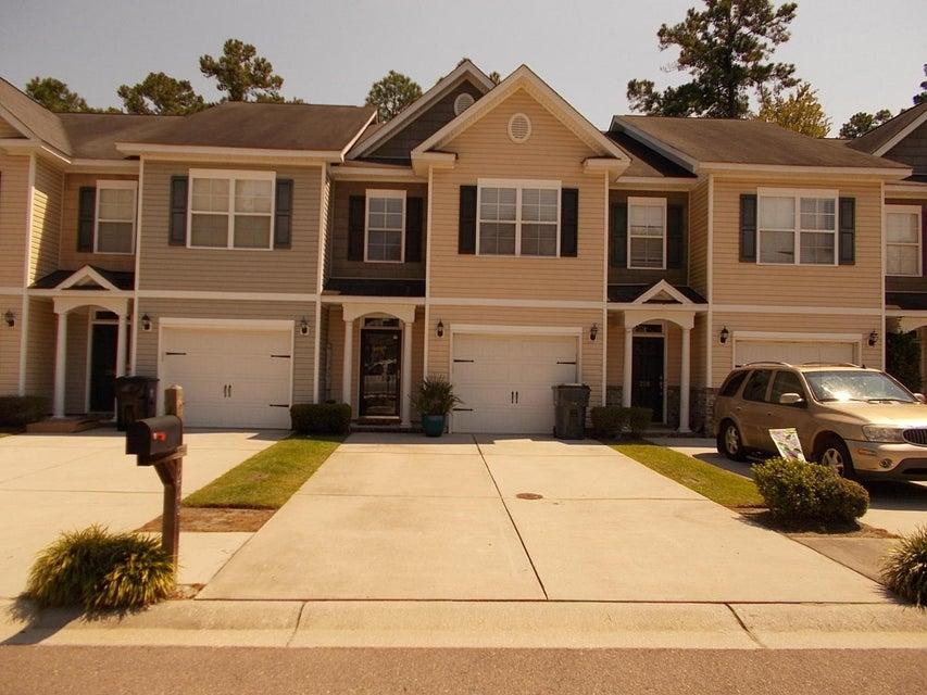 226 S Lamplighter Lane Summerville, SC 29483