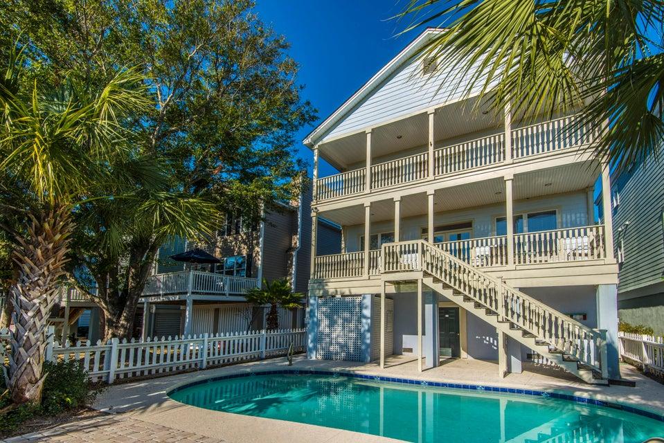 18 Yacht Harbor Court Isle of Palms $1,085,000.00