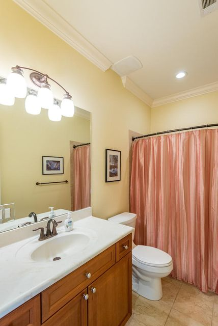 Additional photo for property listing at 214 Little Palm Loop  Mount Pleasant, 南卡羅來納州,29464 美國