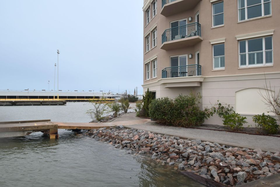 Laurens Marina Homes For Sale - 2 Wharfside, Charleston, SC - 1