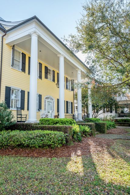 Old Village Homes For Sale - 202 Pitt, Mount Pleasant, SC - 13