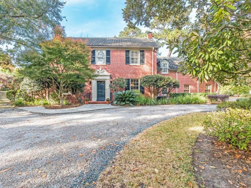 2 Nashmor Road Charleston $999,000.00