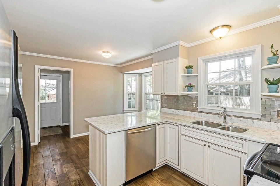 Shemwood II Homes For Sale - 969 Sea Gull, Mount Pleasant, SC - 8