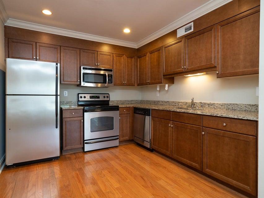 Village Oaks of Mt Pleasant Homes For Sale - 1240 Fairmont, Mount Pleasant, SC - 6