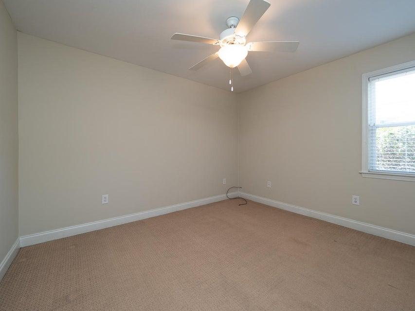 Village Oaks of Mt Pleasant Homes For Sale - 1240 Fairmont, Mount Pleasant, SC - 11