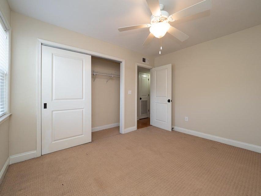 Village Oaks of Mt Pleasant Homes For Sale - 1240 Fairmont, Mount Pleasant, SC - 12
