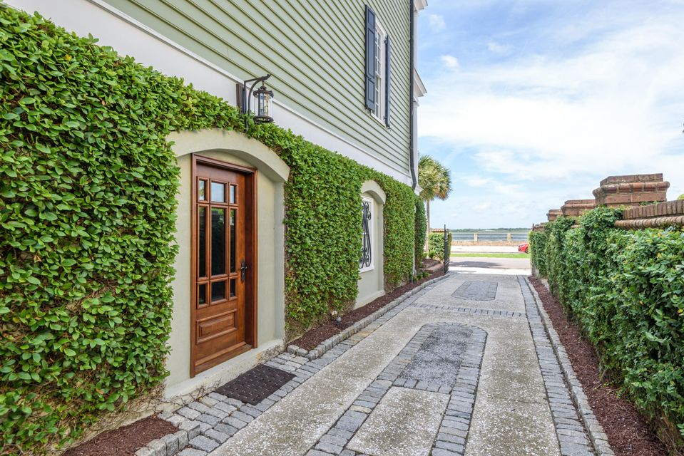 South of Broad Homes For Sale - 106 Murray, Charleston, SC - 3