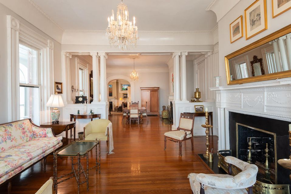 South of Broad Homes For Sale - 31 Battery, Charleston, SC - 4