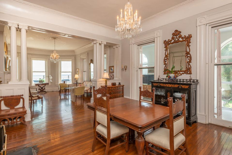 South of Broad Homes For Sale - 31 Battery, Charleston, SC - 3