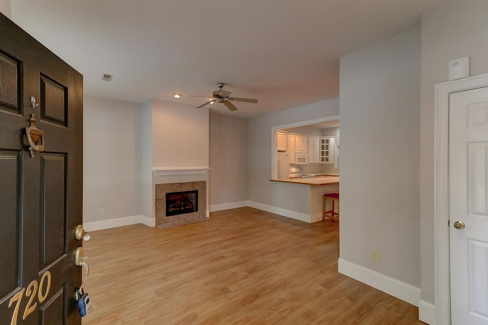 Hunter Lake Commons Homes For Sale - 720 Natchez Circle, Mount Pleasant, SC - 1