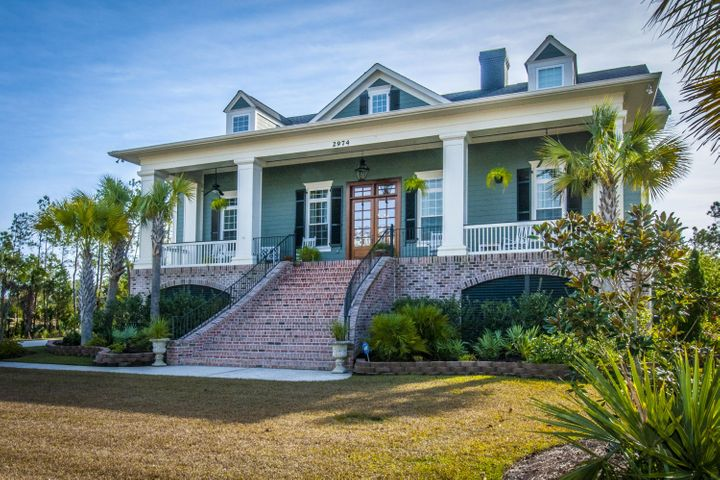 Charleston sc luxury waterfront real estate listings new for Luxury home builders charleston sc