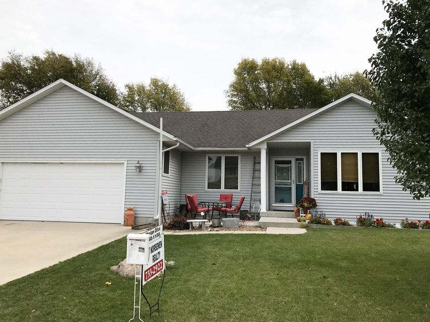 120 Summit Drive, Story City, IA 50248