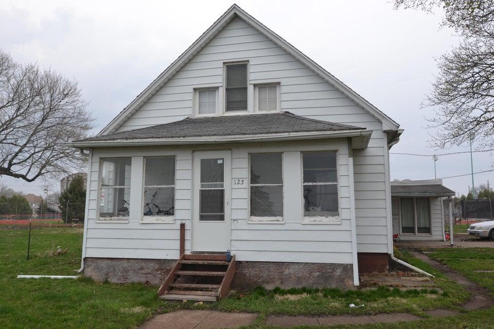 125 Mamie Eisenhower Avenue, Boone, IA 50036