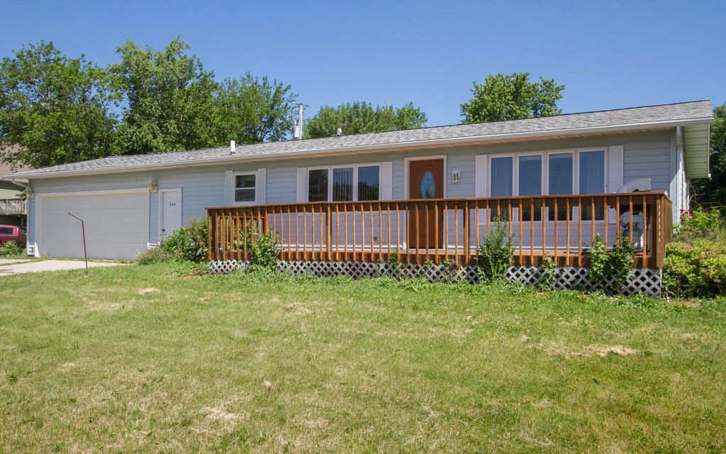 302 VOORHIES Street, Colo, IA 50056