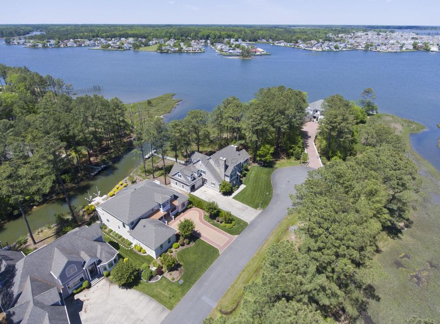 415 Bluewater Ct, Ocean Pines, MD 21811