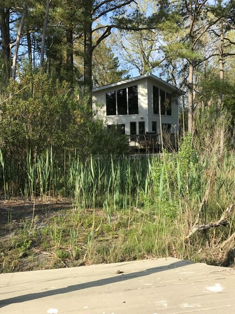 100 Boston Dr, Ocean Pines, MD 21811