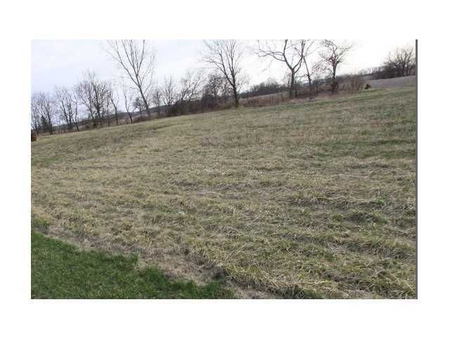 Photo of home for sale at 7847 Lithopolis Road, Canal Winchester OH