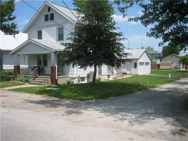 Photo of home for sale at 250 Oakwood Avenue, Newark OH
