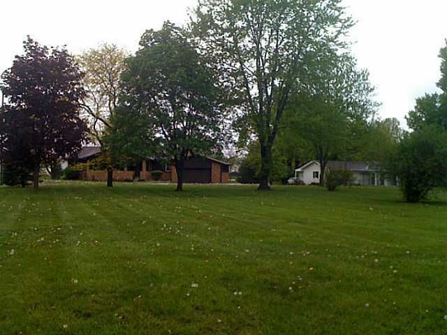 Photo of home for sale at 0 Meadow Way, Pataskala OH