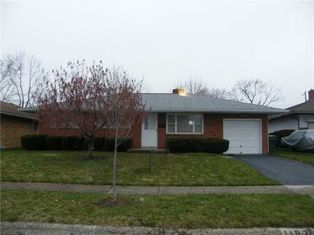 Photo of home for sale at 1187 Erickson Road, Columbus OH