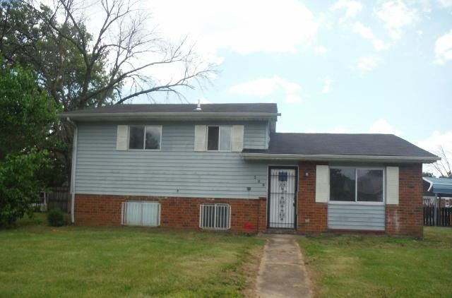 Photo of home for sale at 289 Williams Road, Columbus OH