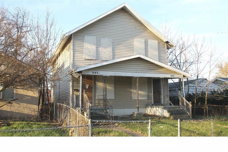 Photo of home for sale at 841 Starr Avenue E, Columbus OH