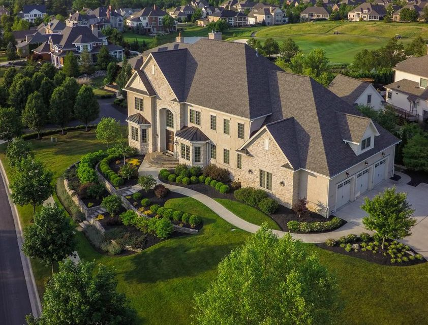 Photo of home for sale at 8930 DUNN Court, Dublin OH