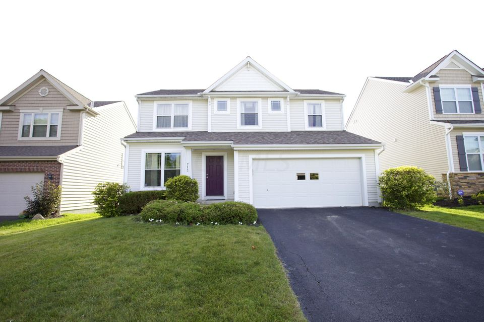 Photo of home for sale at 713 FLOWERING CHERRY Court, Blacklick OH