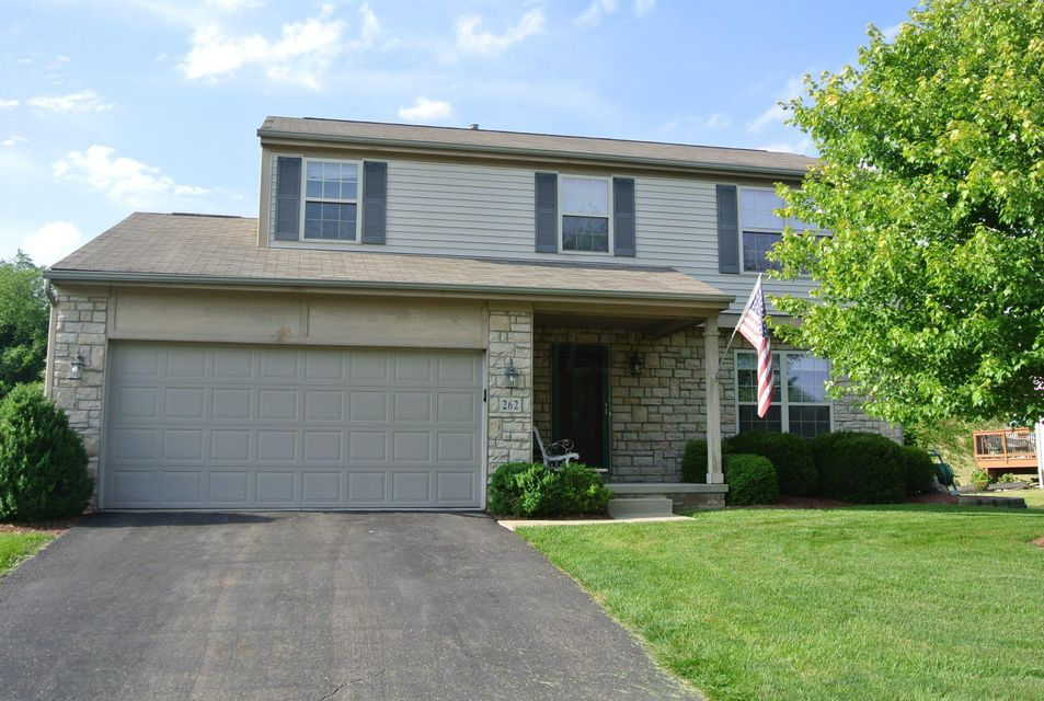 Photo of home for sale at 262 Park Trails Drive, Newark OH